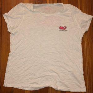 never worn vineyard vines tee shirt